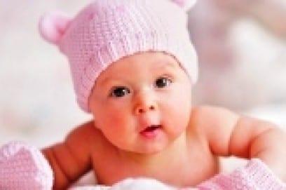 Развитие новорожденного: выкладывание ребенка на живот